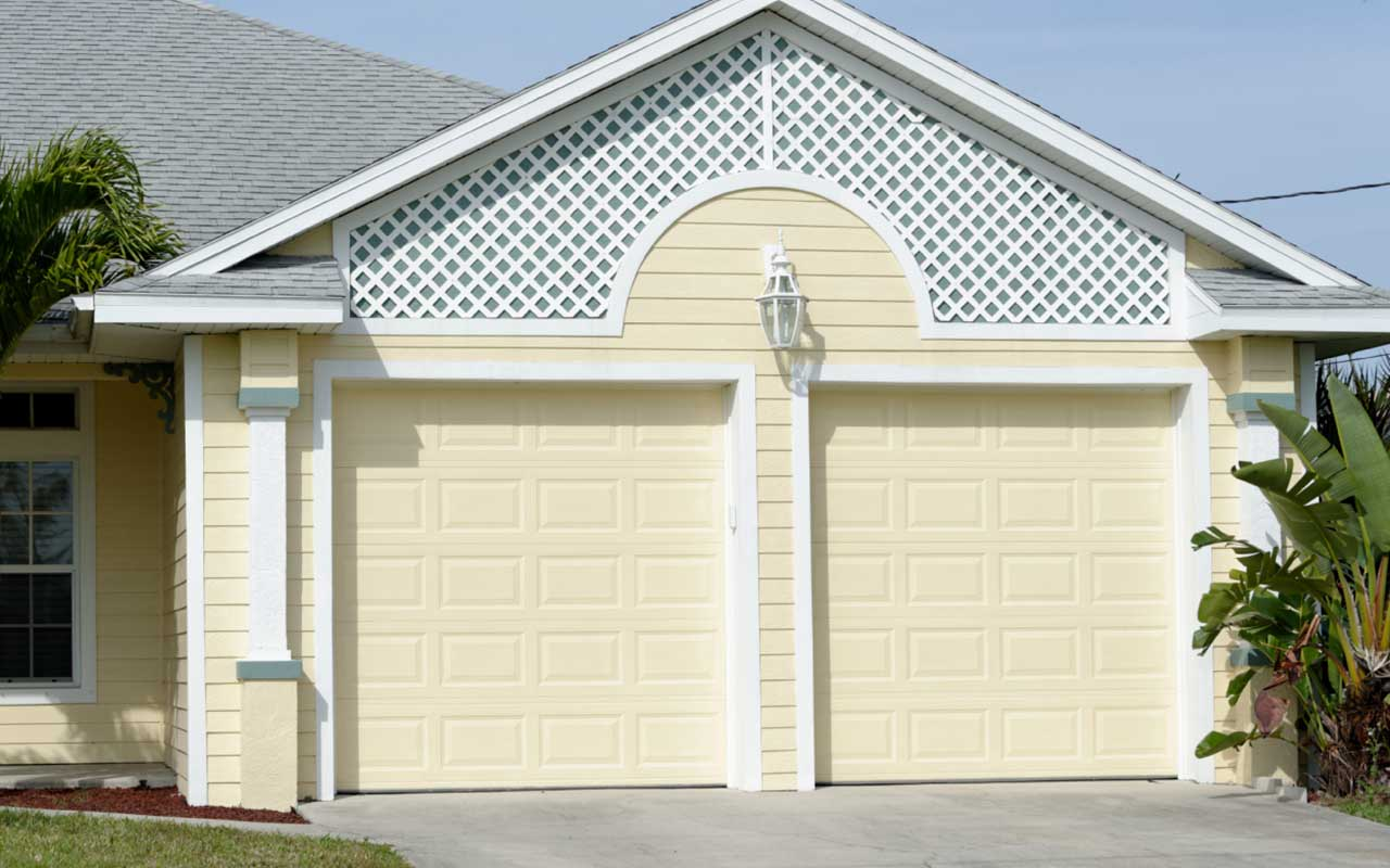 Haas 2500 Series A Quality Garage Door At An Affordable Price
